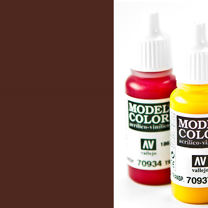 Model Color 985 - Hull Red