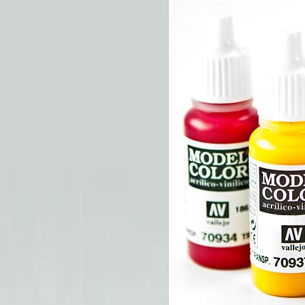 Model Color 997 - Metallic Silver