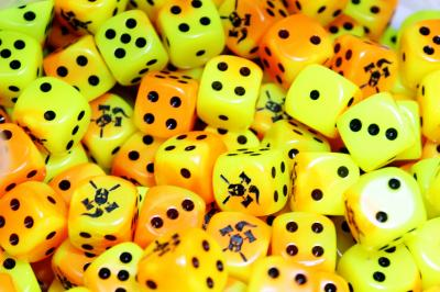 Facehammer Dice Gemini Orange Yellow Black