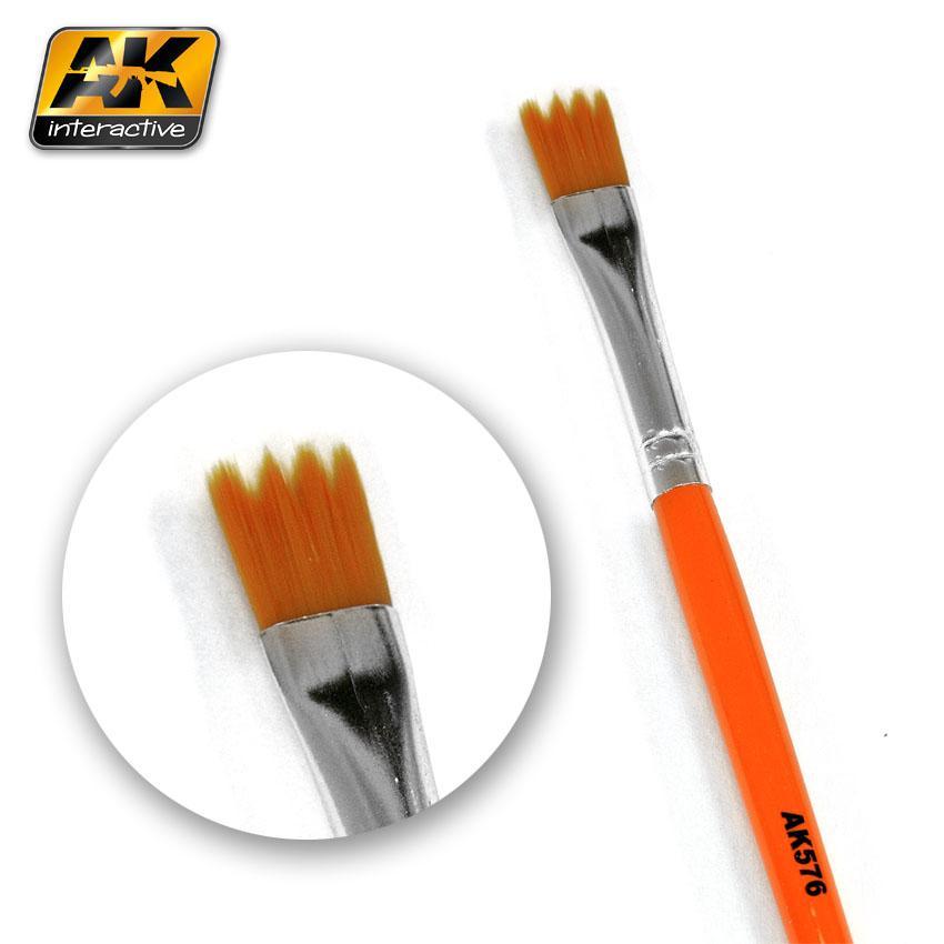 AK Interactive Brushes - Weathering Brush Saw Shape