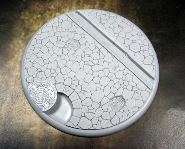Round Lip: 120mm Town Square Base 01 (1)